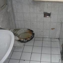 Wohnungsauflösung München: Bad mit Brandschaden